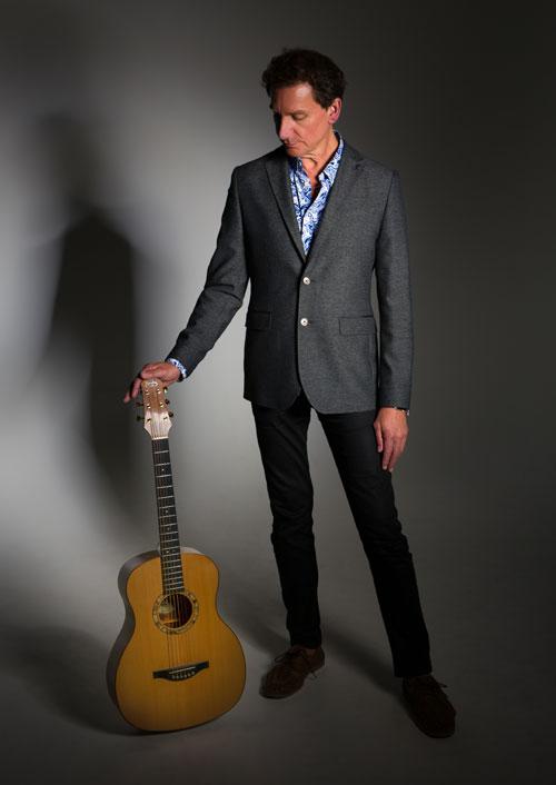 Simon Ottery - Virtuoso Guitarist