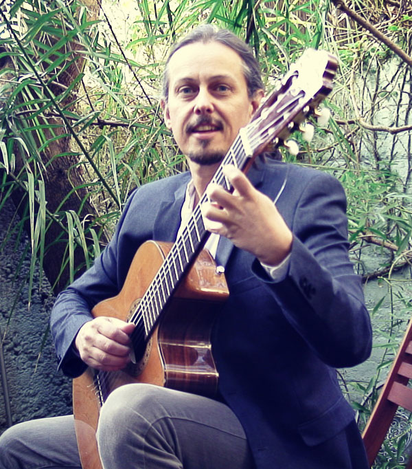 The Brighton Classical Guitarist - Classical Guitarist