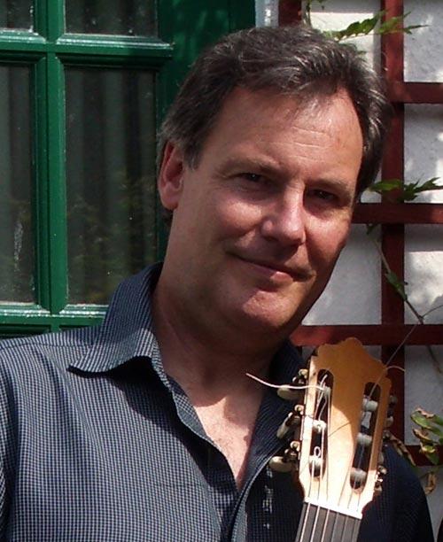 Paul Gregory - Concert Classical Guitarist