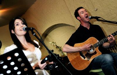 Acoustic Garden  - Acoustic Duo