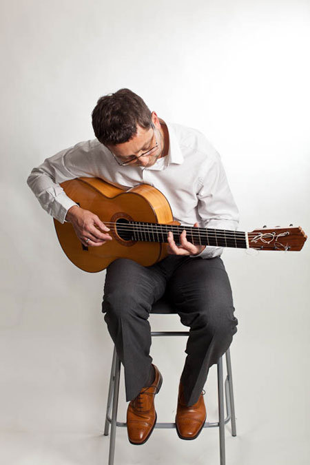 Juan Fernández - Flamenco Guitarist