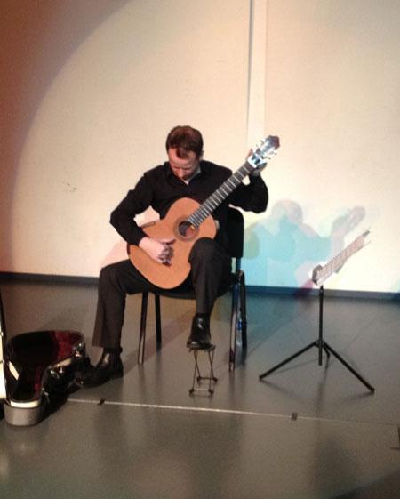 Steve Becks - Classical Guitarist