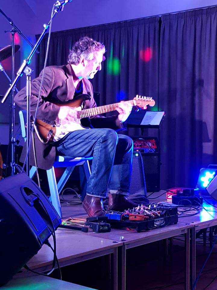 The Kent Electric Wedding Guitarist - Wedding Guitarist