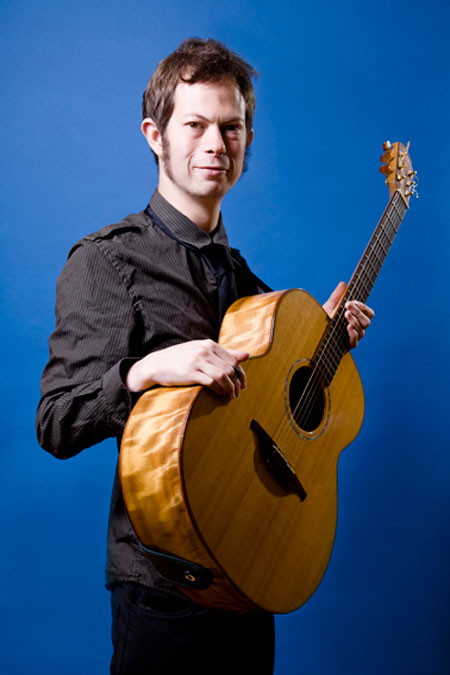 Steve Simons - Acoustic Guitarist