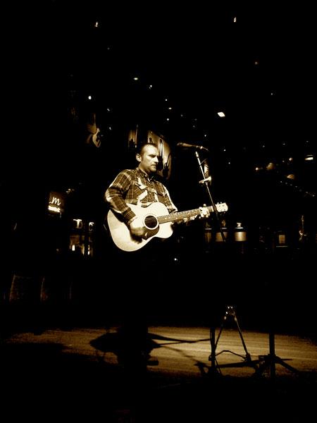 Cameron Mitcham - Wedding Singer/Guitarist Cheshire
