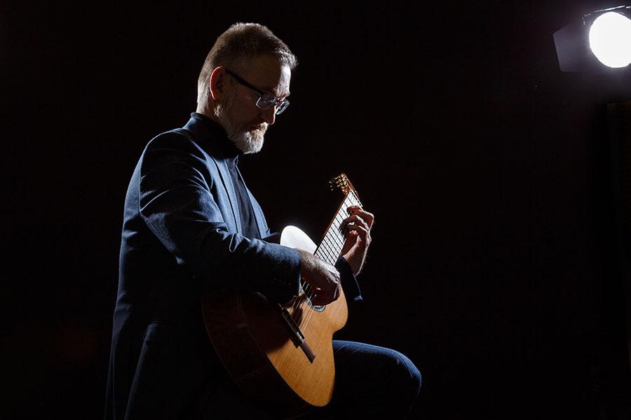 The Manchester Classical Guitarist - Classical Guitarist