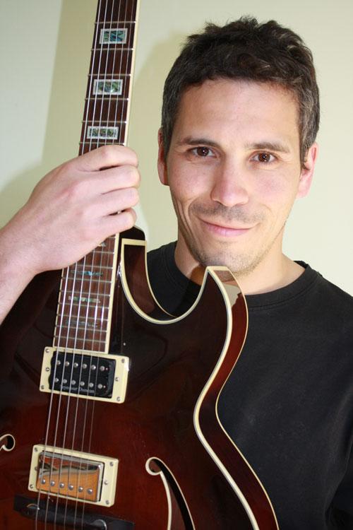 Johnny McIvor - Latin Jazz Guitarist