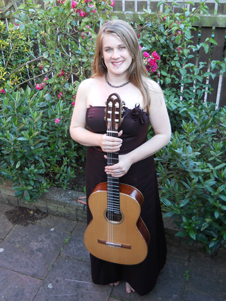Linda Worth - Classical Guitarist