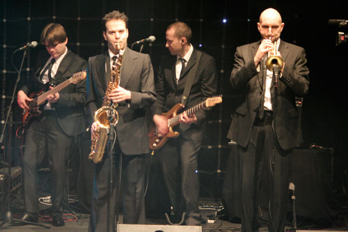 The Metros - Party Band