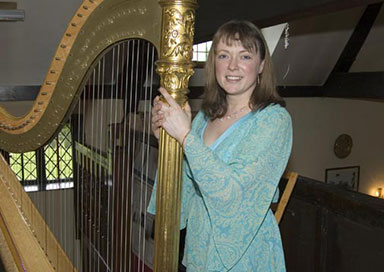Sophie Holder - Harpist