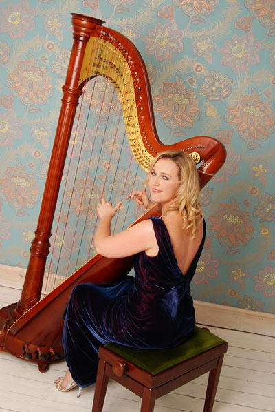 Ruth Handle - Harpist