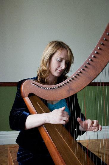 Leanne Brading - Harpist