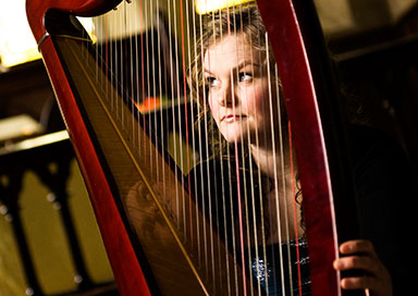 Jill Wallands - Harpist & Singer