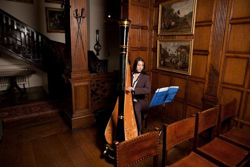 Lucy Collins - Harpist