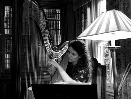 Rosa Mindler - Harpist