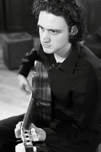 Christian Avent - Classical Guitarist