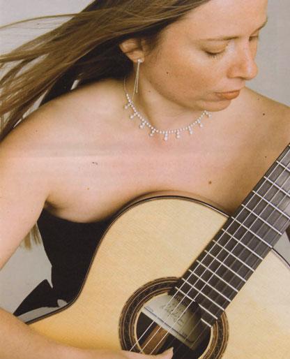 Alice Knight - Classical Guitarist