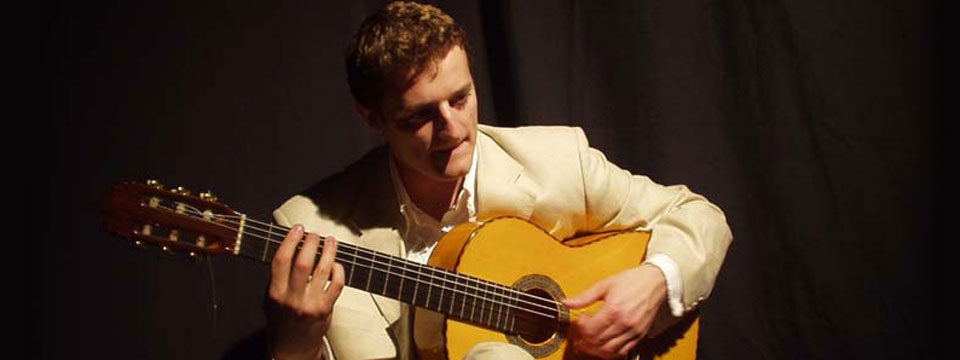 classical guitarist hire