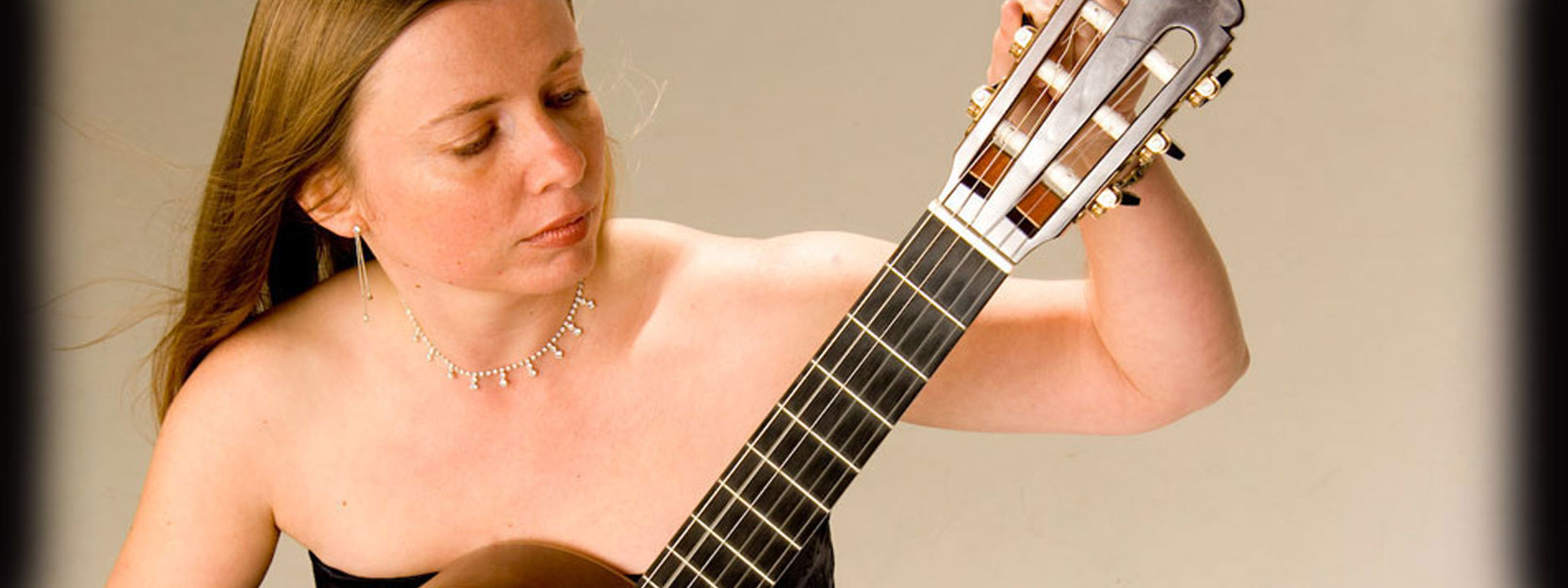 hire a classical spanish guitarist